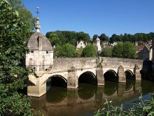 Bradford-on-Avon Town Bridge, Wiltshire © Derek Harper